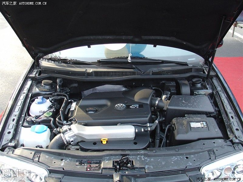 宝来r 1.8t发动机,主体与途安基本一致.r性能更强图片