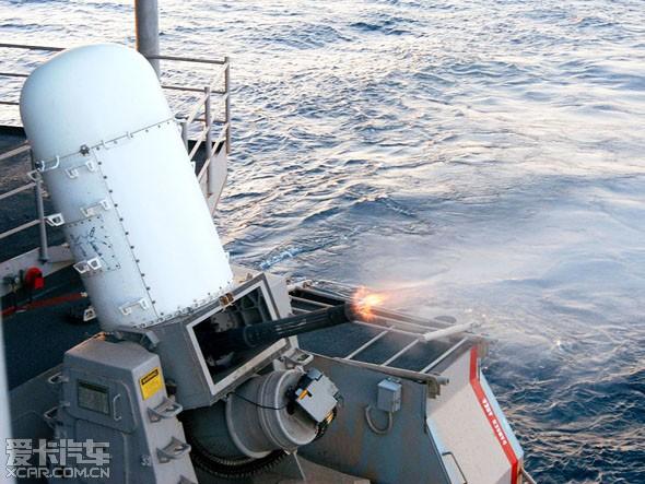 阿利伯克級驅逐艦 (Arleigh Burke class destroyer)是配備神盾戰鬥系統和SPY-1D相位陣列雷達的驅逐艦(神盾艦),主要任務要求為協同戰鬥作戰群的防空作戰。第一艘於1991年7月4日下水以替換史普魯恩斯級驅逐艦USS Cushing號,2005年9月21日其他驅逐艦退役完畢後,伯克級成為美國海軍唯一現役驅逐艦。本艦級的命名源自美國海軍上將阿利伯克,是二戰時代最有名的驅逐艦軍官。勃克本人在一號艦阿利伯克號下水時仍在世,其在服役典禮上說:「此艦為戰而生,你們擁有的是世上最好的戰