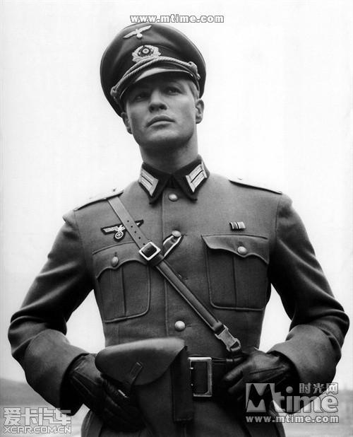 探访德国博物馆 纳粹军服一应俱全 罗马尼亚一市长穿纳粹军装走秀: