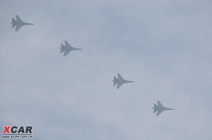 今儿拍到的国庆阅兵飞机编队(图片)