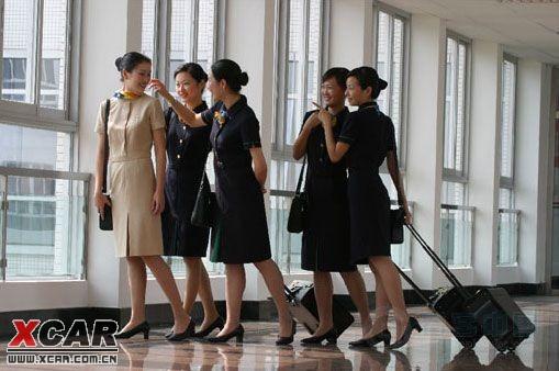 求职女大学生面试空姐默认潜规则被骗奸