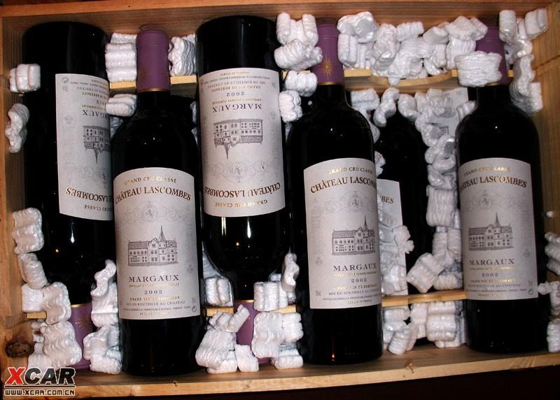 请懂葡萄酒的朋友帮忙鉴定一下,谢了! 附件: 回复本楼