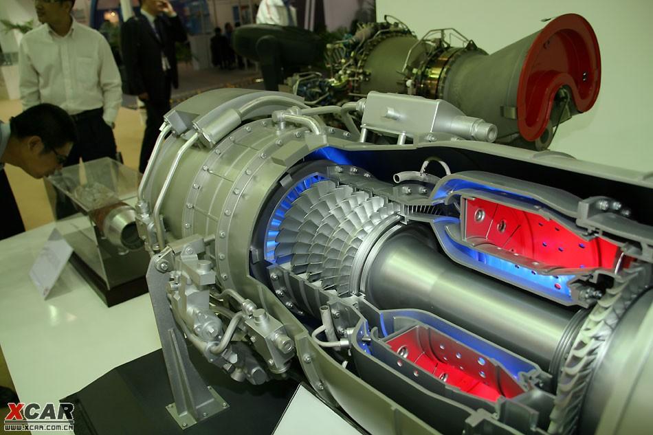 喷气式飞机发动机的工作原理