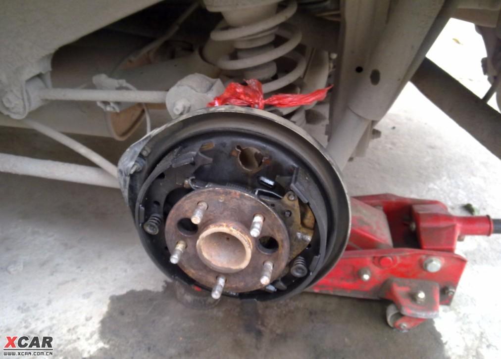 换刹车分泵后刹车变软-车辆制动总泵更换后