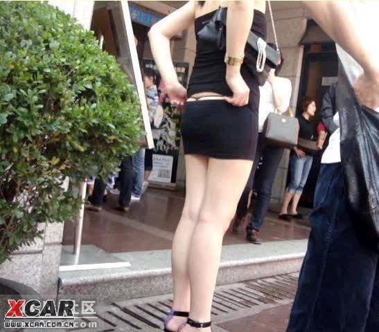 美女的丁字裤卡住了,当街回复--整理破解可见。上在美女TXT图片