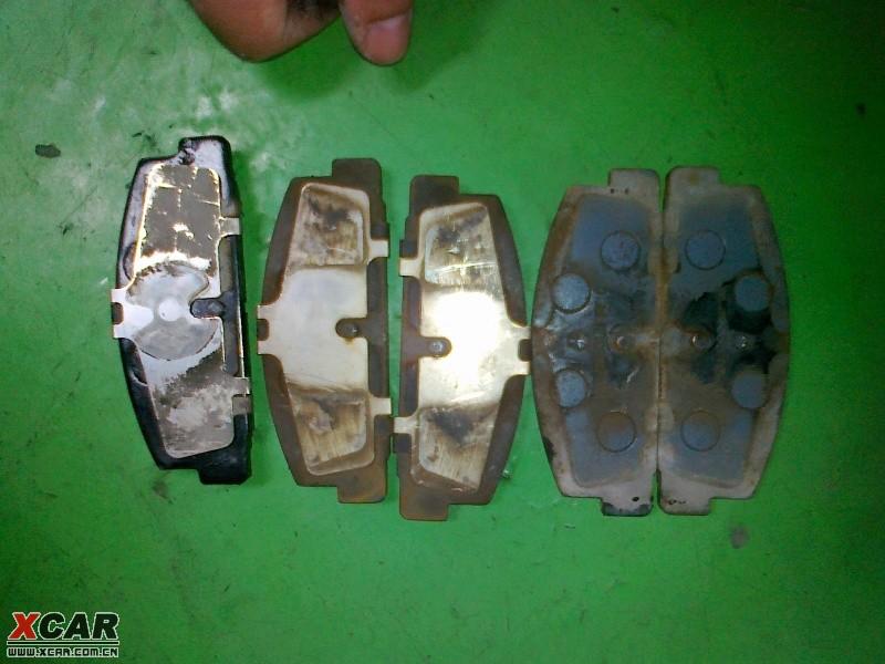 左1:耐磨士加上了原刹车片的垫片