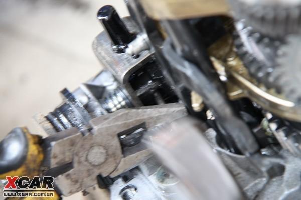 更换变速箱同步器齿环,后刹车片,手刹拉线