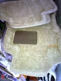 朋友店结业帮他出点仓底货一样只有一、二个,顶吧、空气格、油温表、脚垫。
