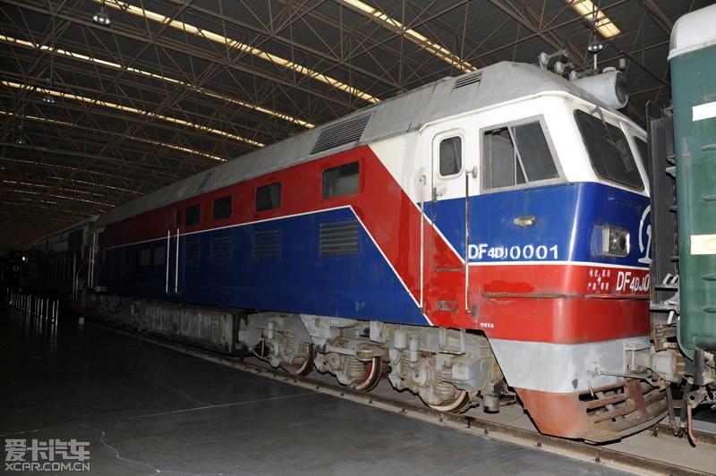 东风4dj型客货运内燃机车(df4dj),是我国第一种应用交流电传动技术的