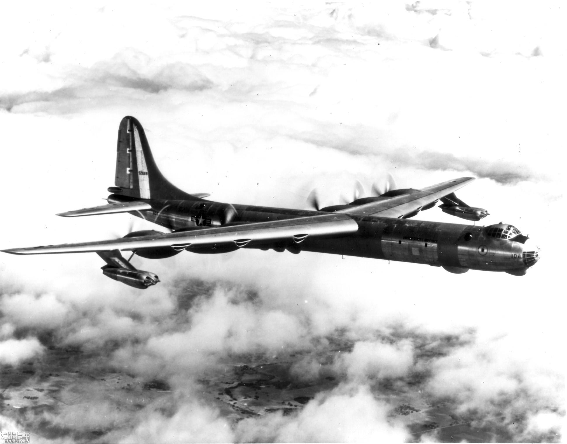 成为史上发动机最多的飞机
