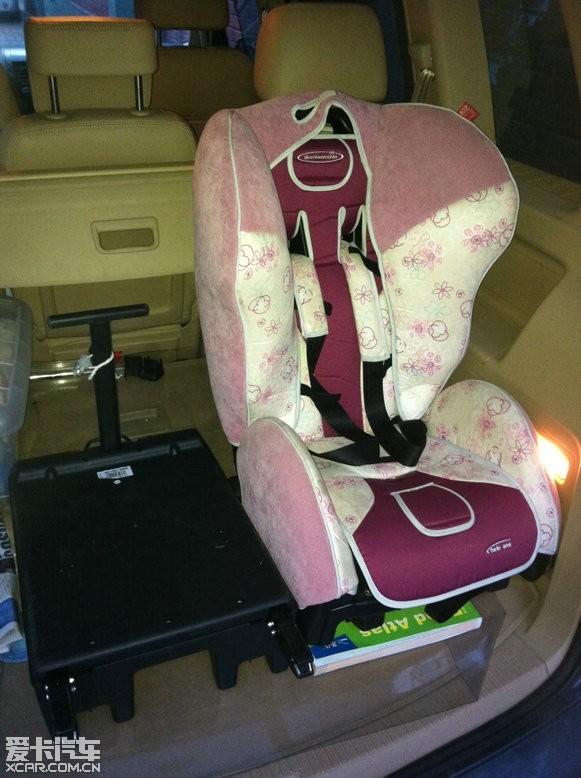 bmw原厂儿童安全座椅图片高清图片