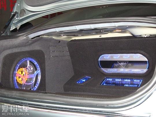 奥迪A6L 3.0T汽车音响改装高清图片