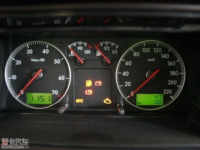 仪表盘   我的车是桑塔纳2000最近仪表盘   桑塔纳(普桑)仪高清图片