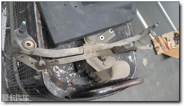 汽车的构造不过如此,高尔夫换暖风 水箱 过程详高清图片