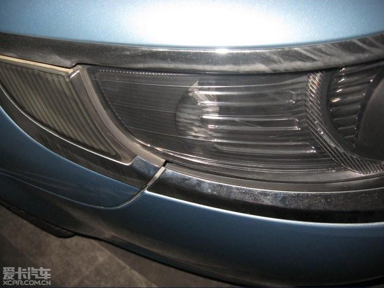 萨博95车灯高清图片