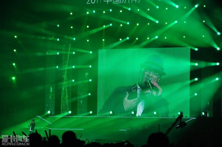 昨晚的2011济南汽车音乐节高清图片