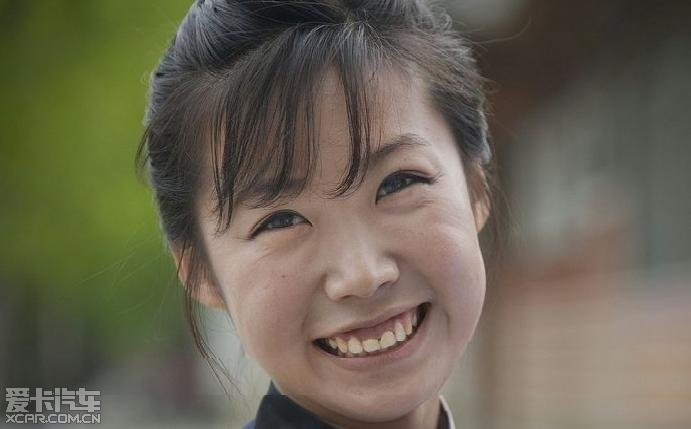 其实韩国人基因差,普遍长得很丑,根本都没有什