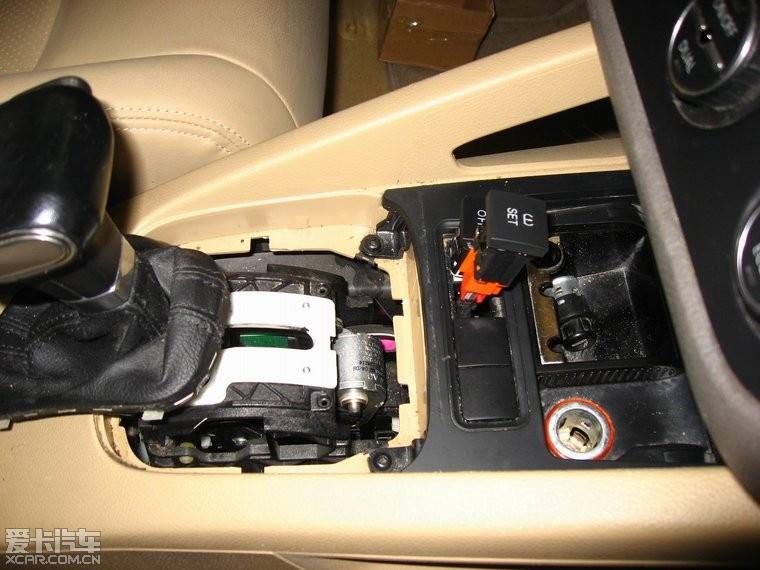 > 08年速腾加装多功能按键,巡航,自动头灯,510机头,胎压监测作业