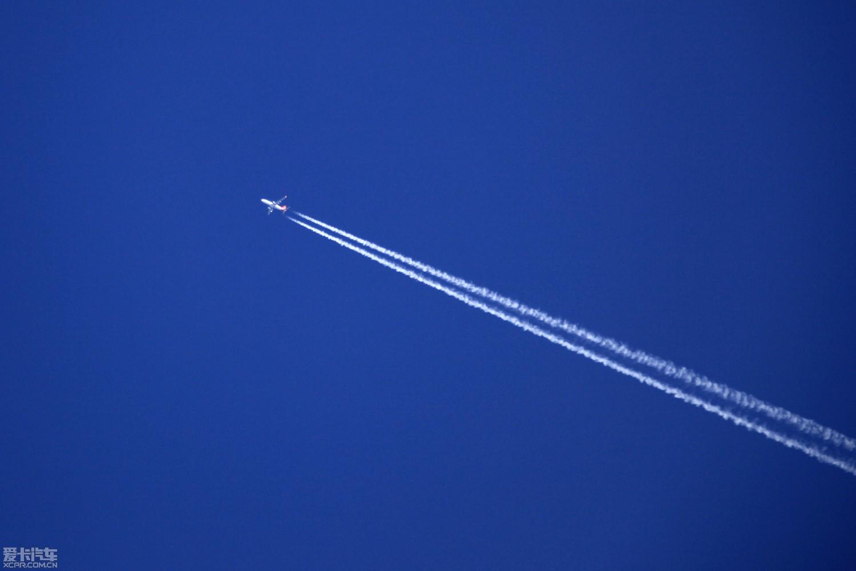 2012第一帖.来个高的,飞机拉线