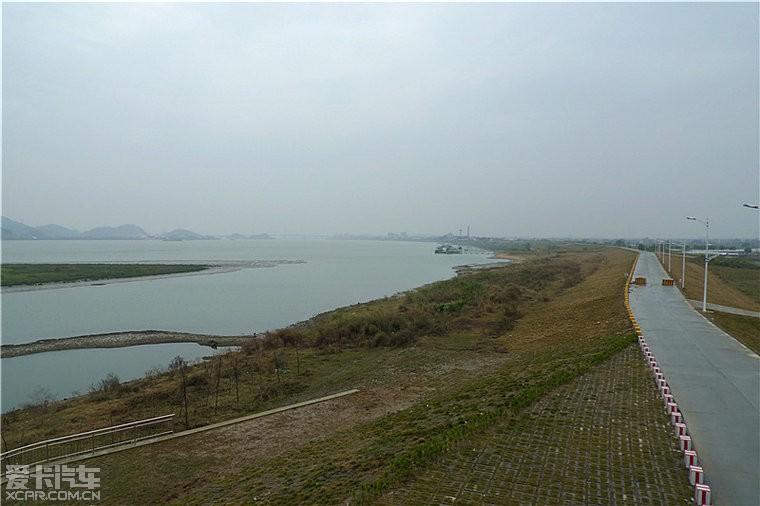 """原来,在江门鹤山,佛山南海,顺德三地交界处,有一个地名叫""""甘竹滩"""""""