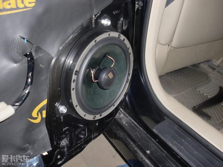 北京汽车音响 尼桑天簌升级原车音响加装低音炮施工案例高清图片