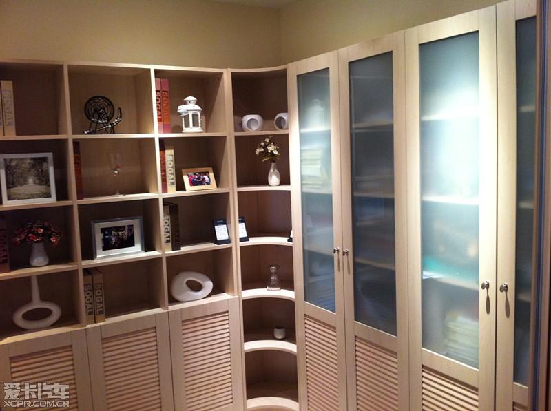 安装· 和我去年索菲亚整体衣柜订单一张·享受买柜门送柜体活动