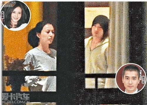 素颜扎马尾的高圆圆与赵又廷被拍到身穿灰色情侣运动