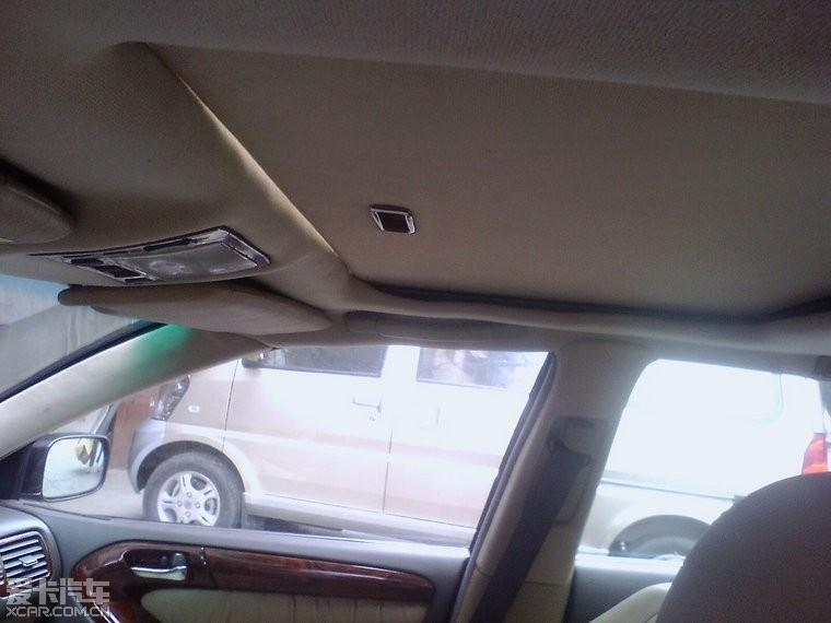 刚回来的现车 05款凌志300 带天窗