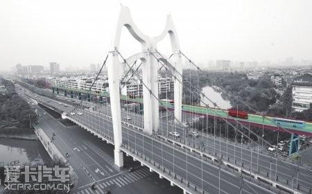绕开清水河大桥高架模拟合成