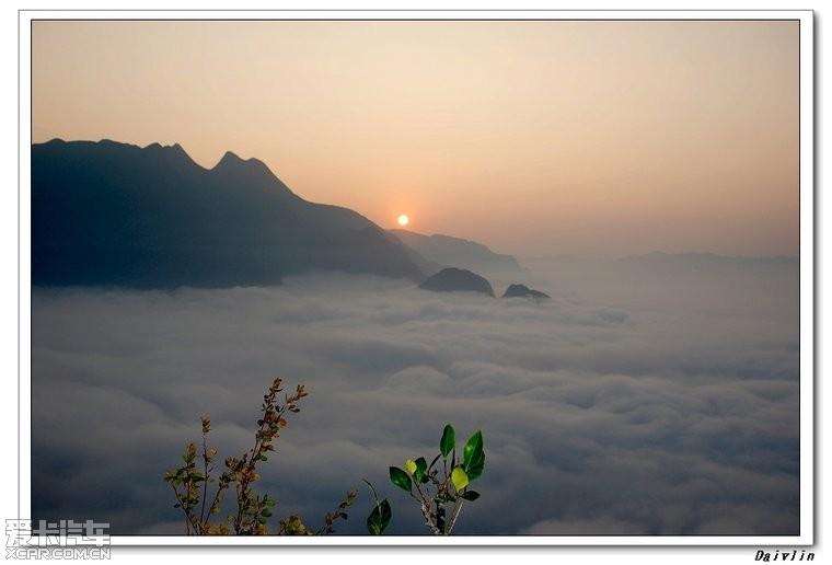 兴义贵州云湖山,钢筋苍茫、烟波浩淼、恍若海图纸云海的讲解墙画法建筑施工图片