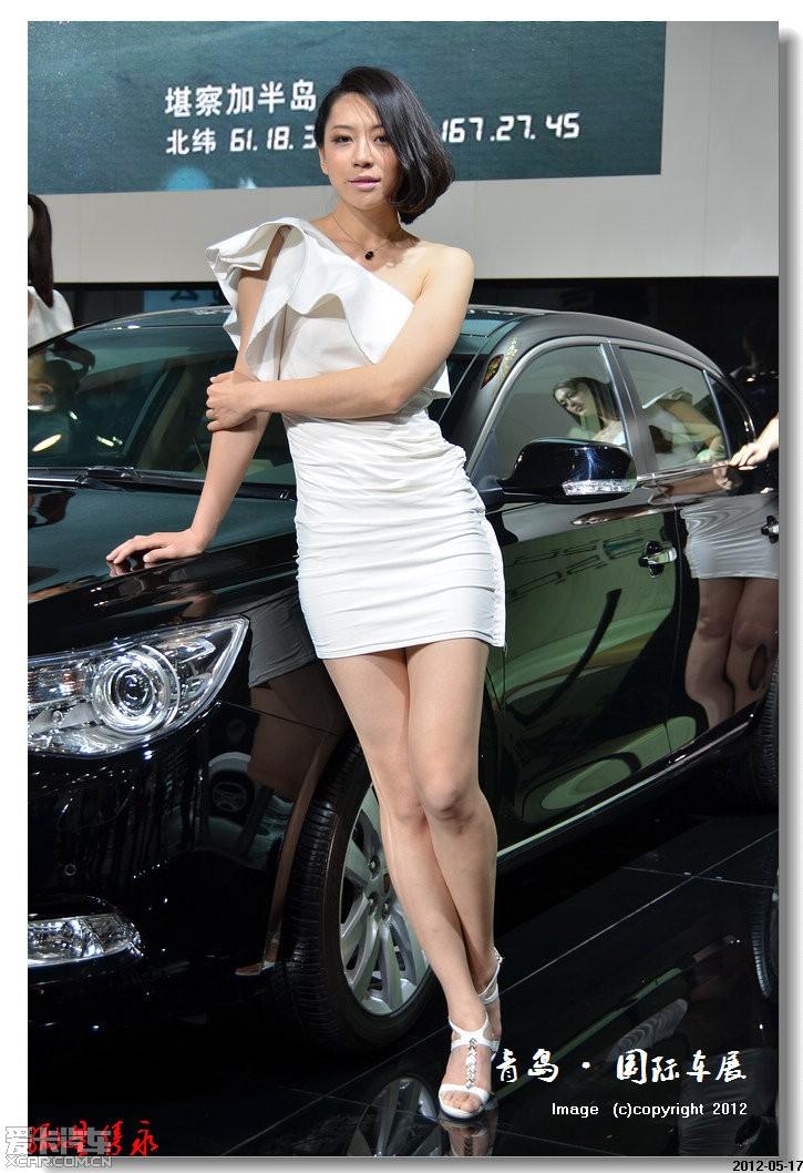 > 2012第11届青岛国际车展盛大开幕——豪车美女尽现青岛!
