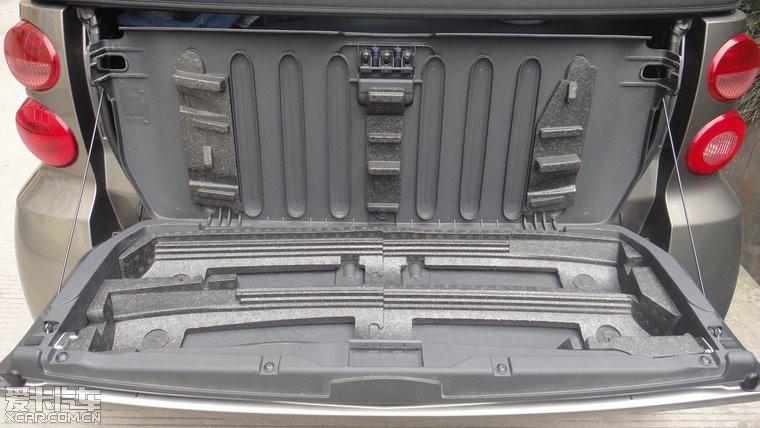09年出厂,09上户的奔驰smart敞篷版 有没有想收留的高清图片