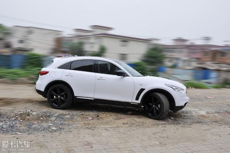 英菲尼迪FX35全车哈弗白-安徽挡板v挡板改装亚光h2s天幕有技术吗图片