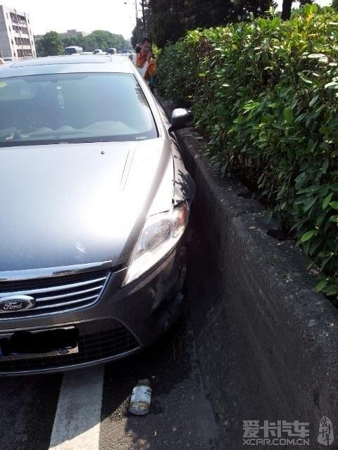 广深高速汽车碰撞事故惊魂,车主真实亲历汽车安全座椅的重要性!(转载) 第1张