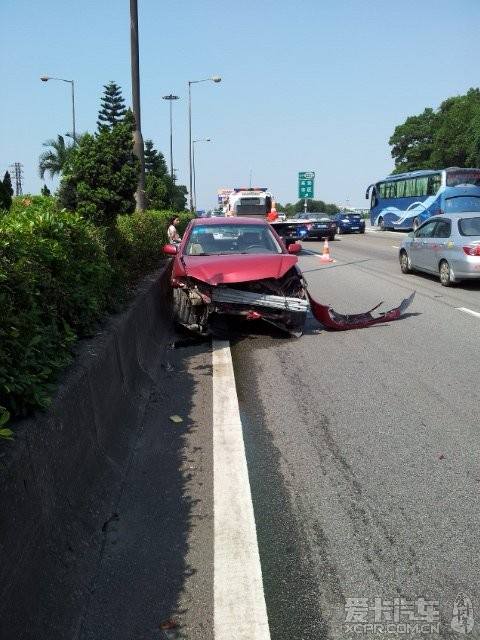 广深高速汽车碰撞事故惊魂,车主真实亲历汽车安全座椅的重要性!(转载) 第2张