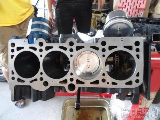 大众-宝来- r 发动机大修作业 (gt28准备上身)图片