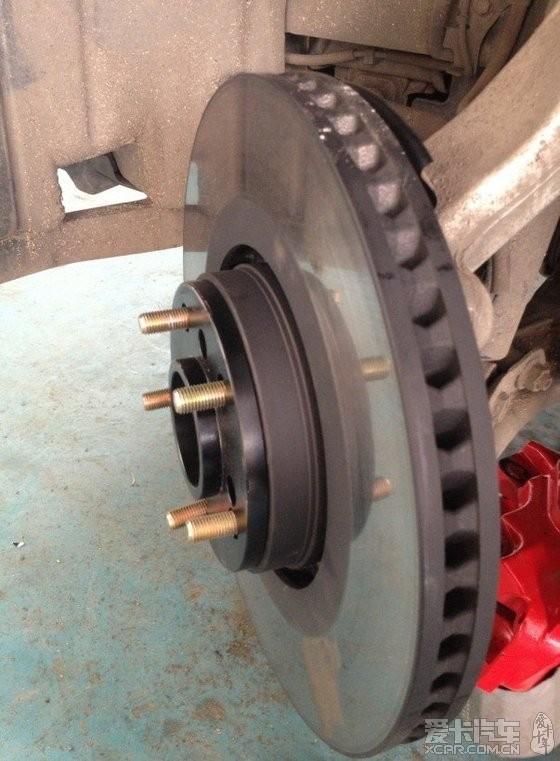 老锐18寸轮毂加垫片装gs430刹车,噪音增大,求高手.