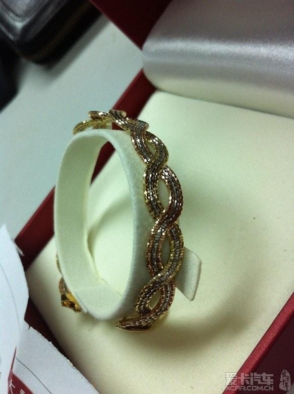 手链 周大福款式18k黄金手链爱心锁手链女士手链黄金手镯 -周大福