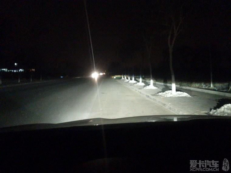 索纳塔8改装氙灯 双光透镜高清图片