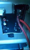 自己改装把低音炮音响做扶手箱。