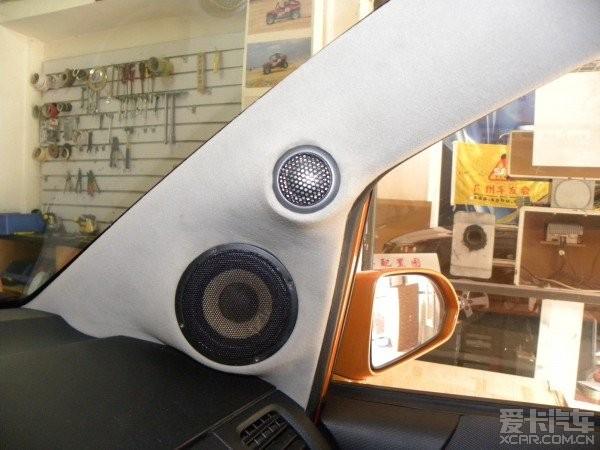 标题 本田飞度音响改装炸机三分频尾箱工艺造型 广州战神汽车音响高清图片