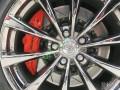 丰田皇冠12代完美改装、刹车避震轮毂灯光车身改色