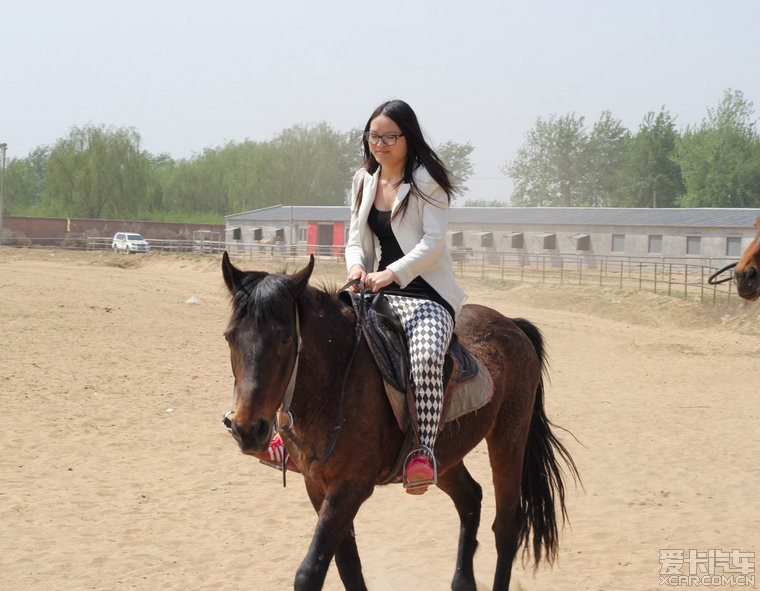 真人cs+骑马+烧烤