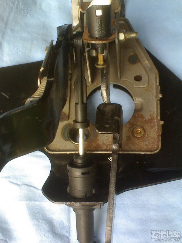 毕加索论坛 03 正文  最近购了一套原装雪铁龙液压离合器套件,有一图片