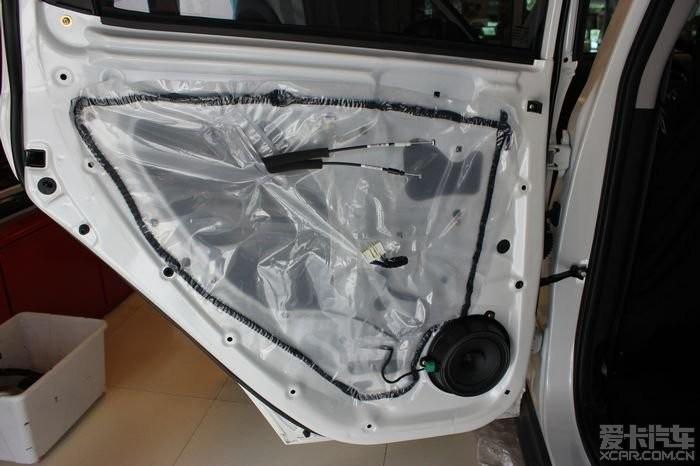 重庆长安CS35喇叭改装--设备音响功放全套低30*45cm世界杯32强串旗图片