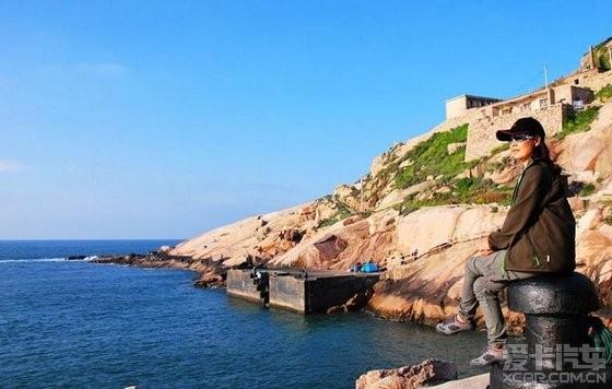 而建筑的这种海边特有的石屋如今成为了东极人民最有特色的一道景点