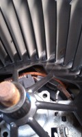 空调风机异响解除,进气口加装滤网杜绝异物进入
