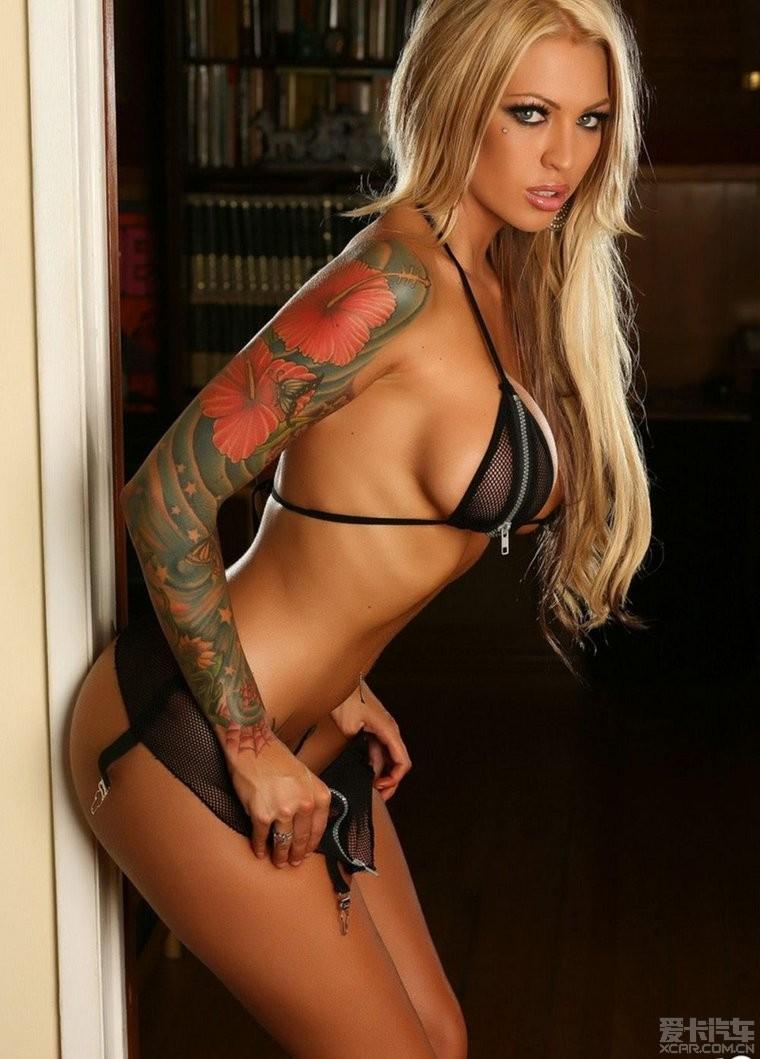 欧美美女私处照片_女性阴部纹身图案(3);; 欧美美女私处纹身图片; 丰腴的金发女郎