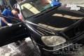 老车换新颜奔驰S350W220钣喷翻新作业