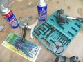 多高清图片:解体大修V5压缩机,更换轴承,清洗变排量阀,清理铁屑和残渣